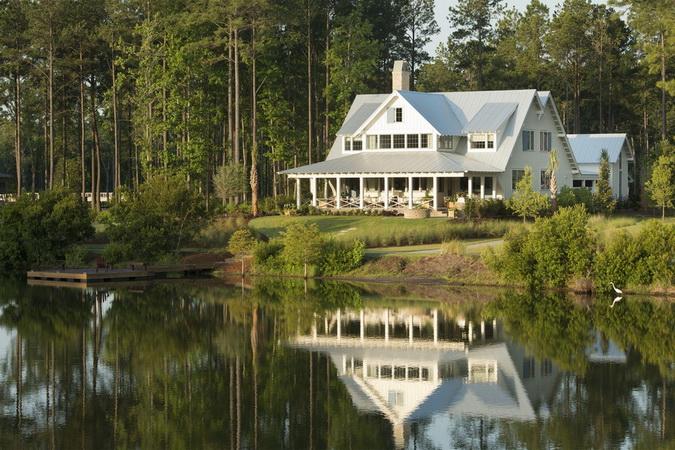 white classical european coastal house_29