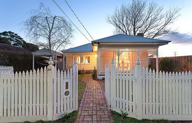 white-contemporary-cabin-cottage (1)