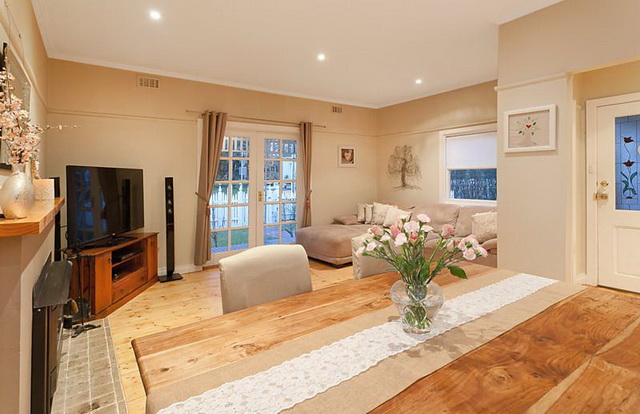 white-contemporary-cabin-cottage (11)