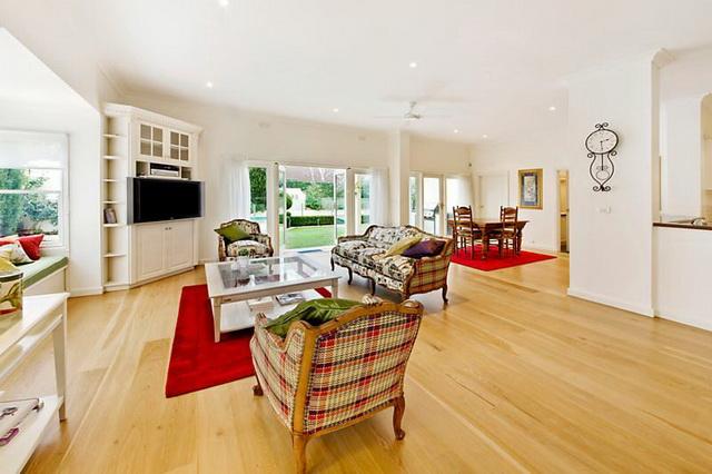 white-contemporary-elegant-house (5)