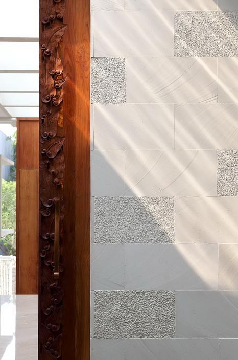 white-elegant-modern-house (27)_resize