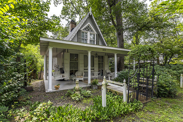 white-victorian-house-in-wood (1)