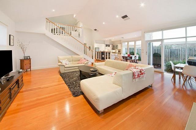 white-wooden-family-house (5)