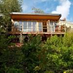บ้านไม้สไตล์ชนบท ตั้งอยู่กลางป่า ที่สุดของบรรยากาศธรรมชาติอันสงบและร่มรื่น