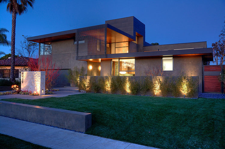 2 story modern house with stunning interior (12)