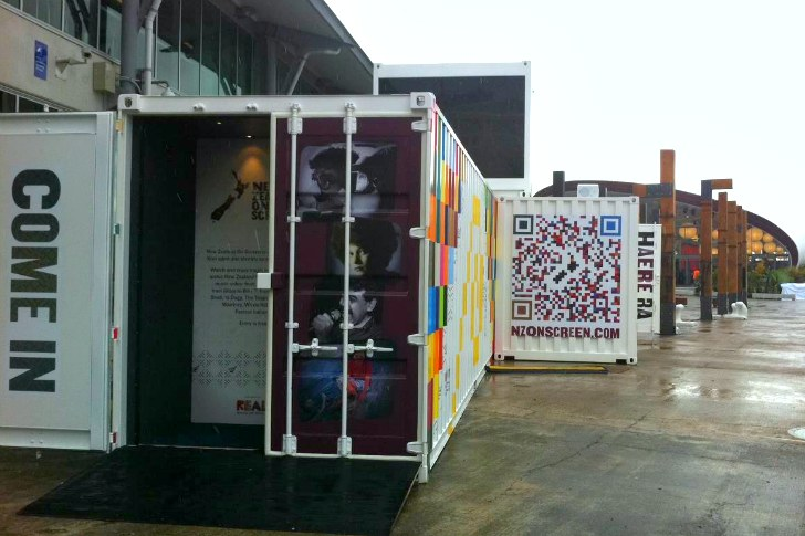 22-most-beautiful-house-from-shipping-container (123)