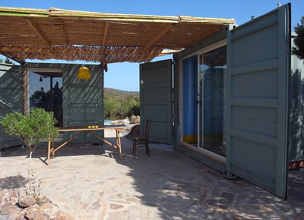 22-most-beautiful-house-from-shipping-container (128)