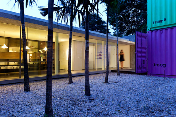 22-most-beautiful-house-from-shipping-container (19)