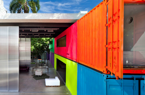 22-most-beautiful-house-from-shipping-container (20)