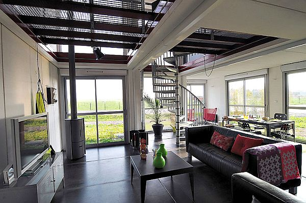 22-most-beautiful-house-from-shipping-container (31)