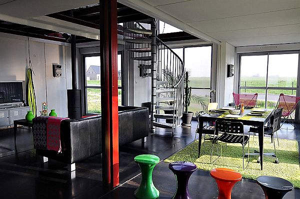 22-most-beautiful-house-from-shipping-container (36)