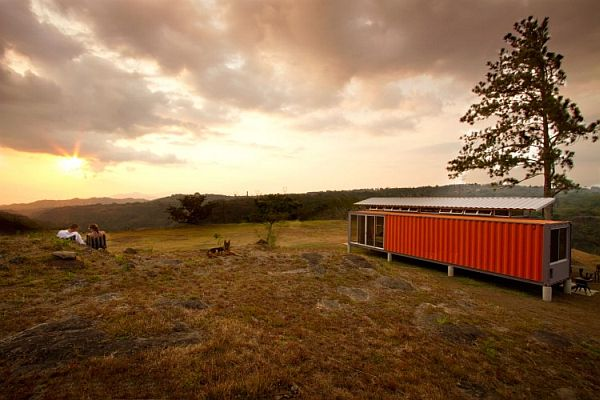 22-most-beautiful-house-from-shipping-container (39)