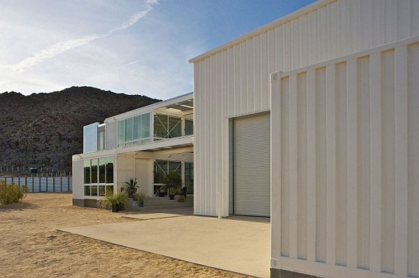 22-most-beautiful-house-from-shipping-container (56)