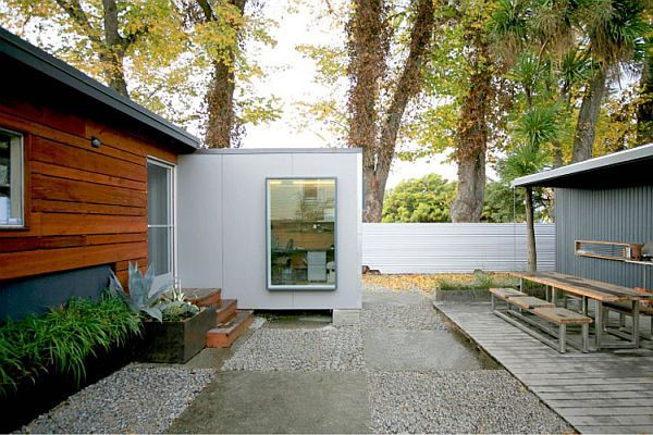 22-most-beautiful-house-from-shipping-container (81)