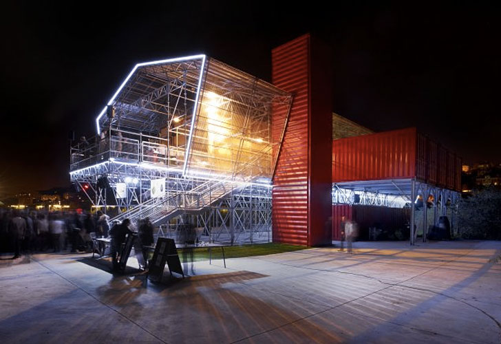 22-most-beautiful-house-from-shipping-container (99)