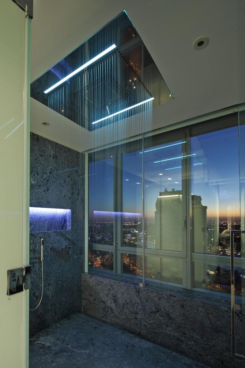 28 unique shower rooms (16)