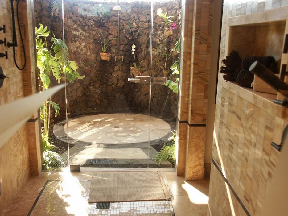 28 unique shower rooms (9)