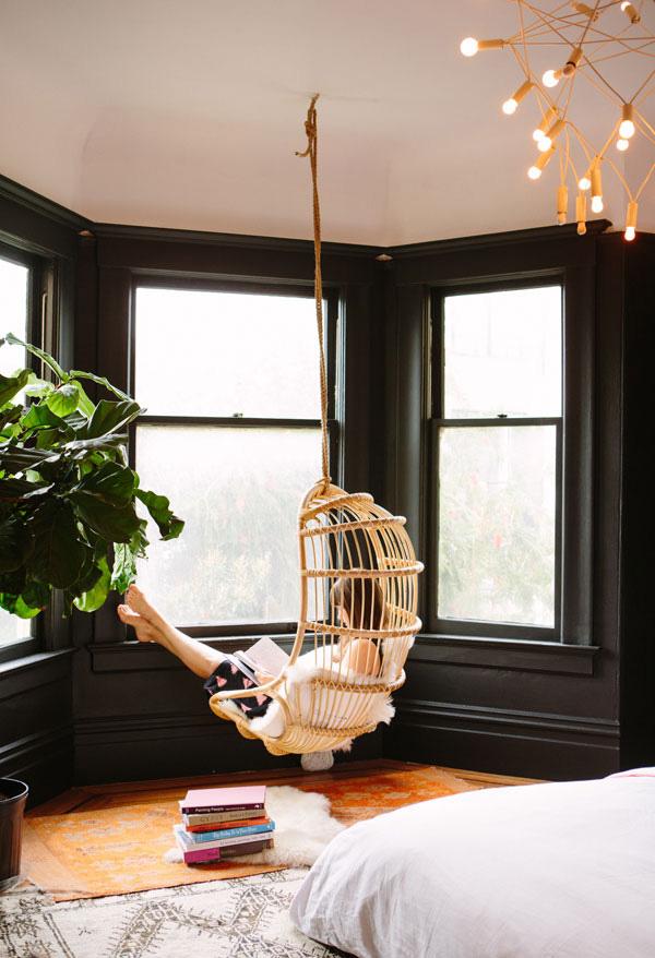 41 Sensational interiors showcasing black painted walls (1)