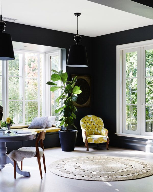 41 Sensational interiors showcasing black painted walls (29)