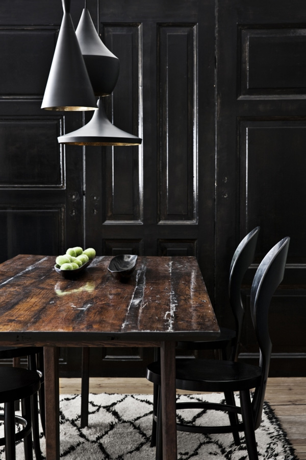 41 Sensational interiors showcasing black painted walls (36)