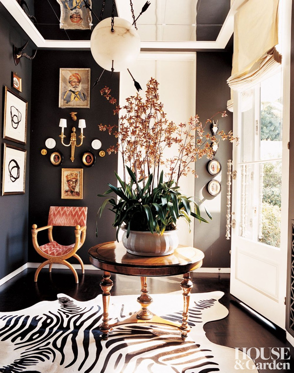 41 Sensational interiors showcasing black painted walls (6)