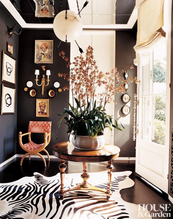 41 Sensational interiors showcasing black painted walls (6)