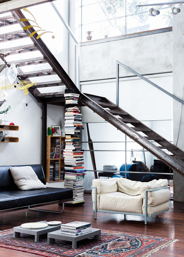 50-industrial-style-living-room-decorations (29)