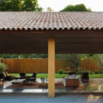 บ้านสไตล์โมเดิร์น ก่อสร้างด้วยวัสดุธรรมชาติ เน้นความปลอดโปร่งด้วยตัวบ้านเปิดโล่งแบบพิเศษ