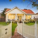 บ้านไม้ชั้นครึ่ง สไตล์อเมริกันดั้งเดิม สำหรับครอบครัวขนาดกลาง