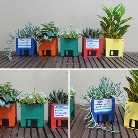 DIY flower pot from floppy disk (1)