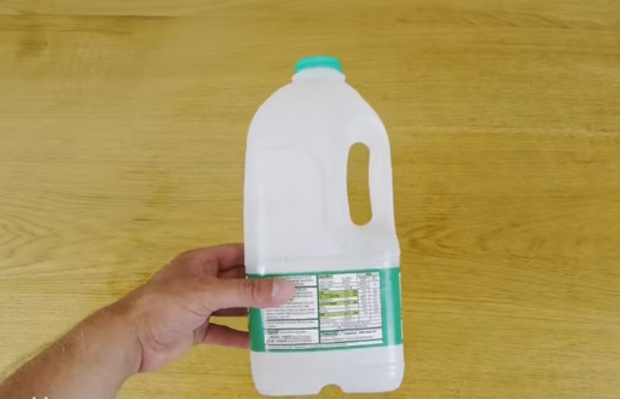 How to Make a Basic Watering Can (1)