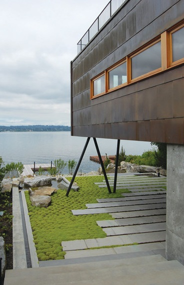 Lakeside guesthouse (2)