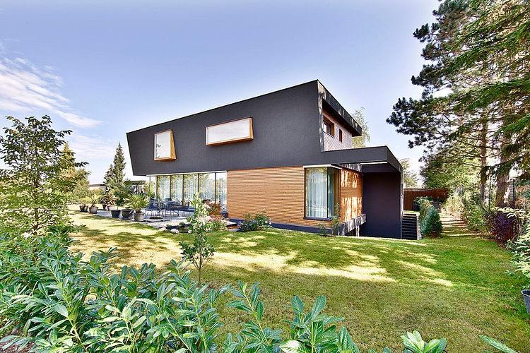 Modern elegant villa HausW (4)