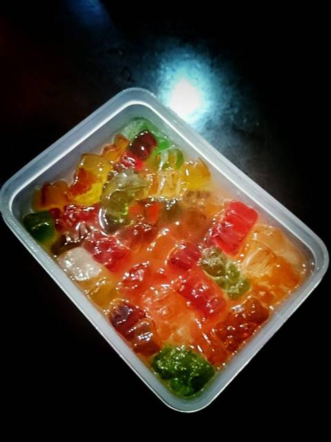 Vodka Gummy Bear (6)