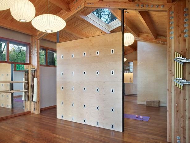 Yoga studio in woods (7)
