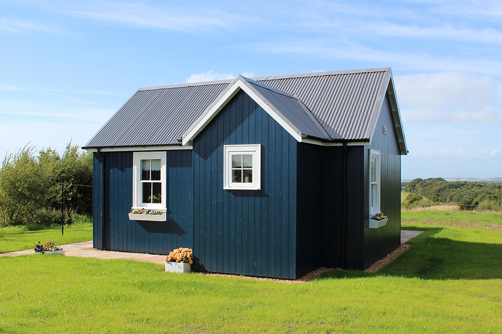 blue-compact-cottage (1)