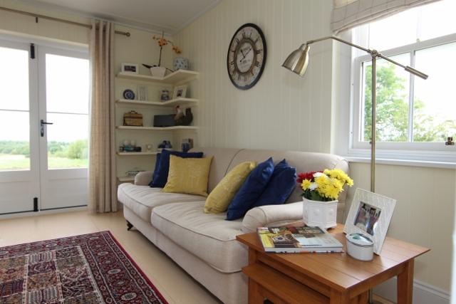 blue-compact-cottage (1)