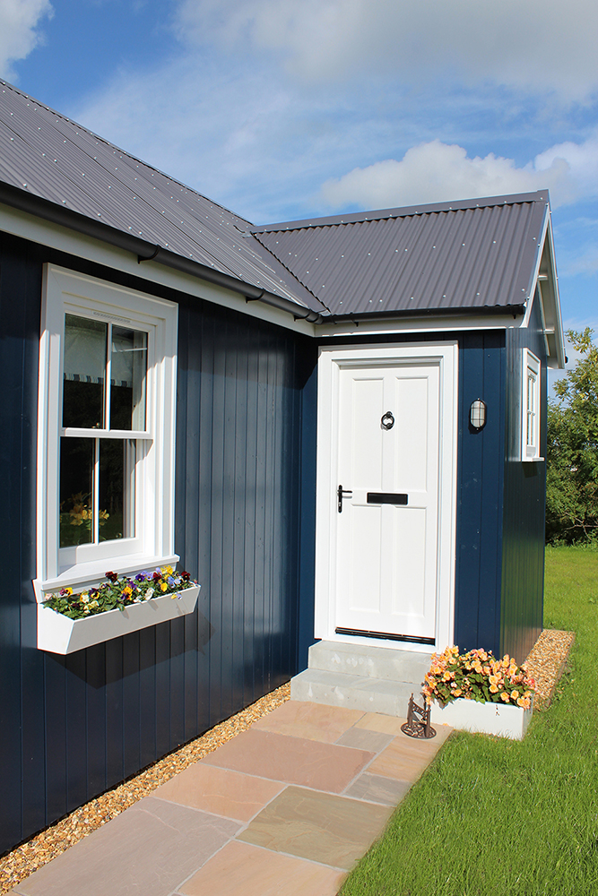 blue-compact-cottage (3)