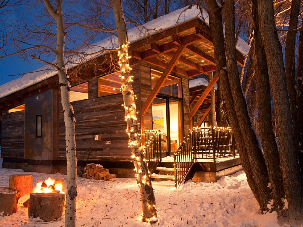 cabin-retreat-with-mountain-view (13)