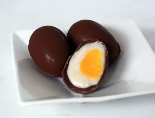 chocolate creme egg (1)