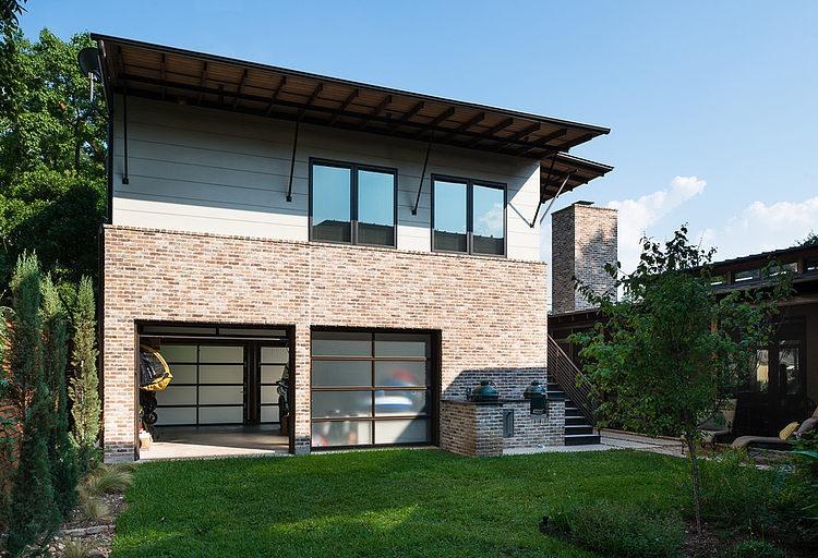 contemporary-mixed-single-family-residence (18)