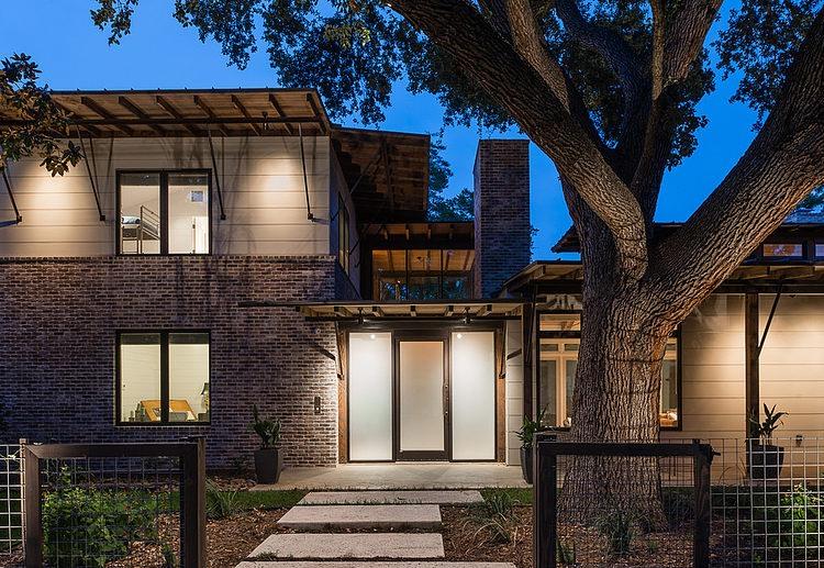 contemporary-mixed-single-family-residence (20)