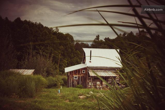 cozy cabin residence (1)