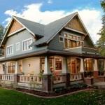 บ้านแนวคลาสสิคร่วมสมัยหลังสีเทา ออกแบบในสไตล์ที่โดดเด่นไม่เหมือนใคร