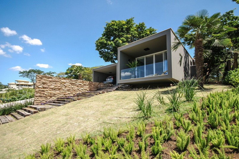deattached modern residence in brazil_02