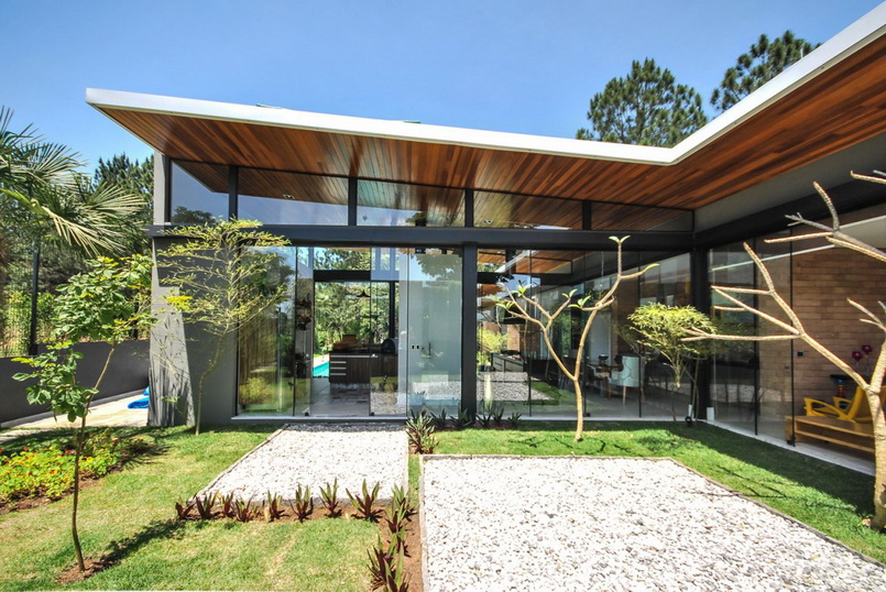 deattached modern residence in brazil_06