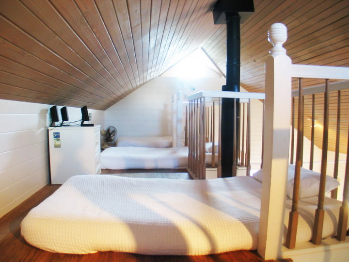 dream catcher loft cottage (11)