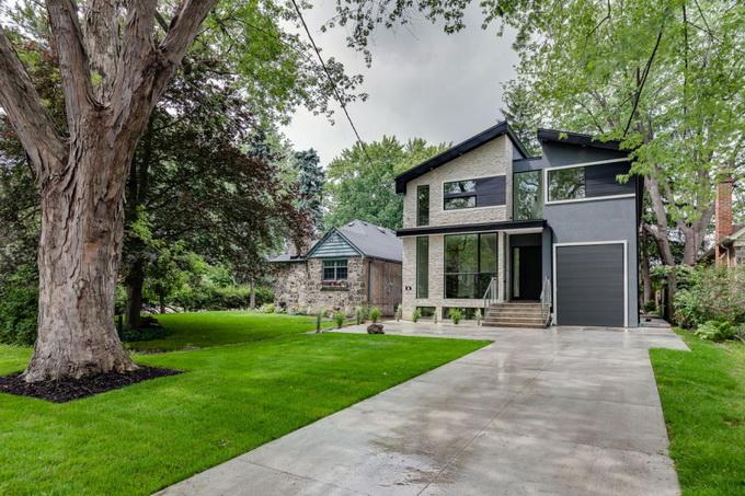 elegant custom house (1)