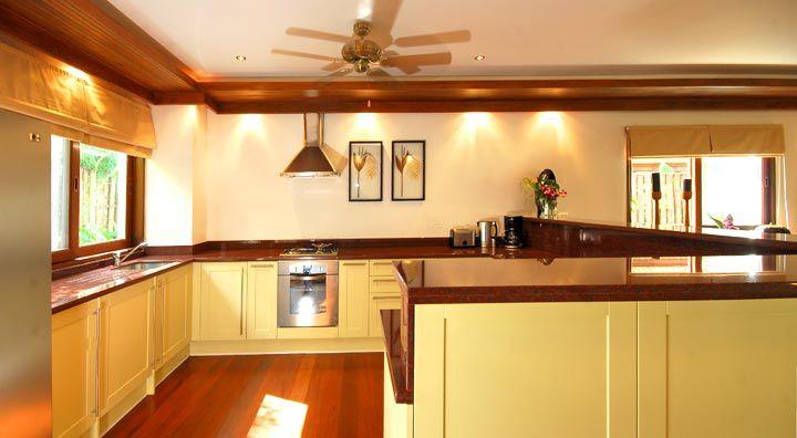 elegant luxurious villa house for family (7)