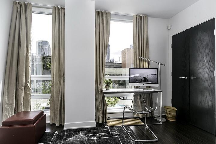 extreme-modern-loft-apartment (10)
